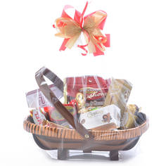 Easter gift baskets and chocolate gift boxes the easter bunny is here happy easter gift basket negle Image collections